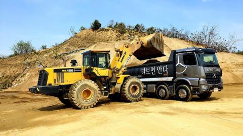 메르세데스-벤츠 트럭, 최첨단 기술과 내구성이 획기적으로 강화...